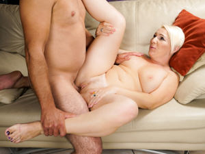 LustyGrandmas - Bibi Pink,Rob - Lusty Seduction