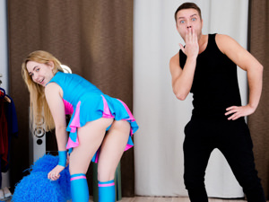 AnalTeenAngels - Bella Mur,Ben - Cheerleader Training