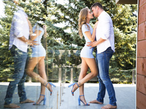 FootsieBabes - Tiffany Tatum,Kristof Cale - Tiffany Blues