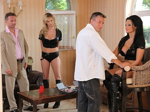 AlettaOceanEmpire - Tarra White, Aletta Ocean - Backstage of A shoot gone wrong