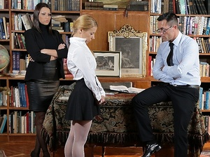 AssHoleFever - Cindy Hope, Nikky Thorne - A different pedagogy