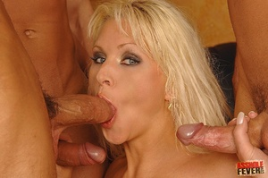 AssHoleFever - Kathy Anderson - MILF quest