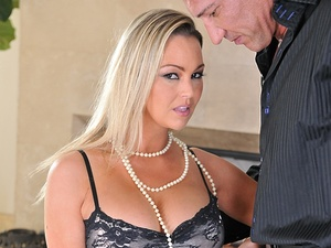 ClubSandy - Abbey Brooks - Sexy Housewife