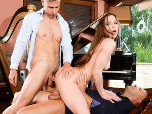 DpFanatics - Nicole Pearl,Thomas Stone,Toby - The Classical Musician
