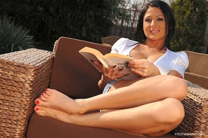 FootsieBabes - Alison Star - Refreshing the tired feet