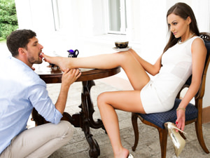 FootsieBabes - Tina Kay,Kristof Cale - The Golden Shoes