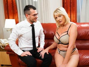 LustyGrandmas - Milf Amy,John Strong - Room Service with Extras