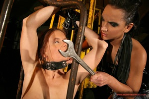 MightyMistress - Evelyne Foxy,Sabrina Sweet - Sex slave: Evelyne Foxy